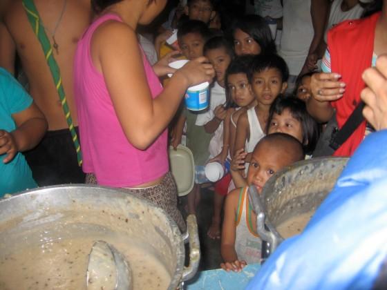 ISKCON Feeding Program (photo by Pio Baquiran)